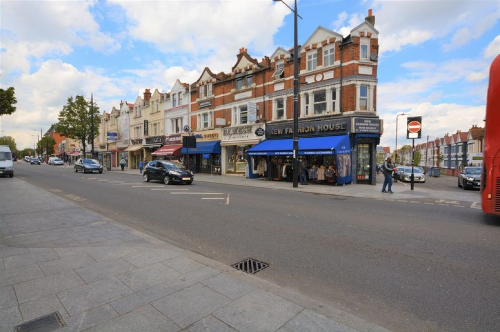 Images for The Broadway, Southall EAID:LanghamsEstateAgents7 BID:Langhams Estate Agents